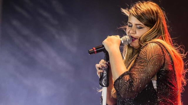 Marília Mendonça impressiona ao aparecer ainda mais magra em show; veja