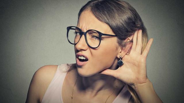 Surdez 'seletiva' faz pessoas pararem de escutar vozes masculinas