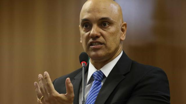Moraes diz em Lisboa que já foi resolvida a questão da censura