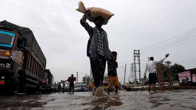 Inundações na capital da Indonésia deixa pelo menos 26 mortos