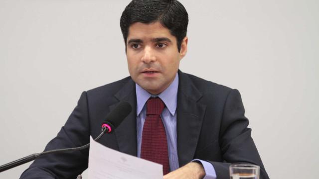 Pesquisa mostra candidato de ACM Neto isolado na liderança em Salvador