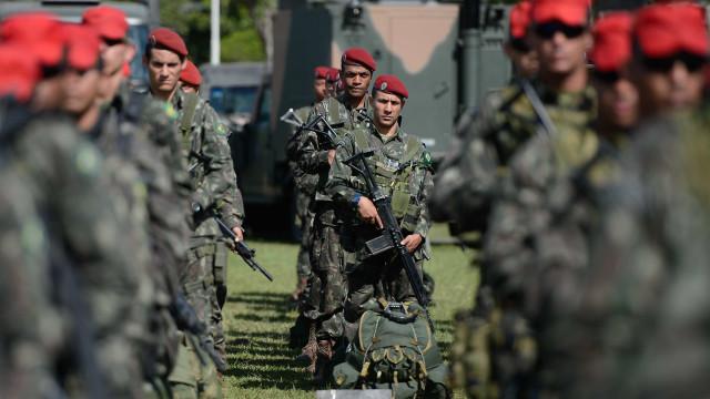 Governador do RN transfere controle de segurança para o Exército