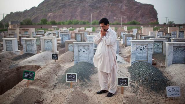 Pelo menos 16 pessoas morrem em desabamento de mina no Paquistão