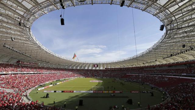 Ministério Público cumpre mandados contra ex-dirigentes do Inter