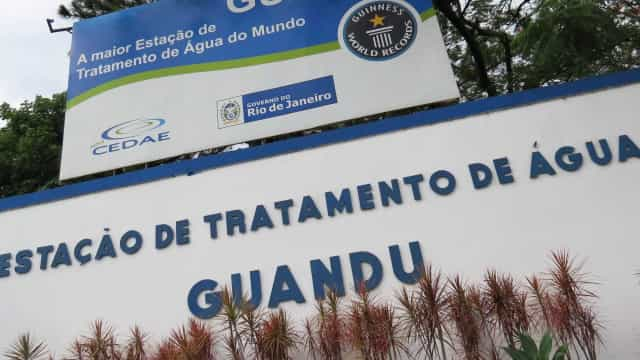Cedae deve ser leiloada até fevereiro, diz governo do Rio