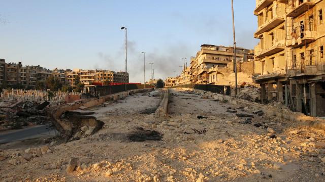 Rússia prepara ofensiva final contra Aleppo