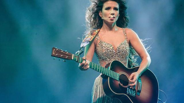 28 de agosto: aniversário da cantora Paula Fernandes