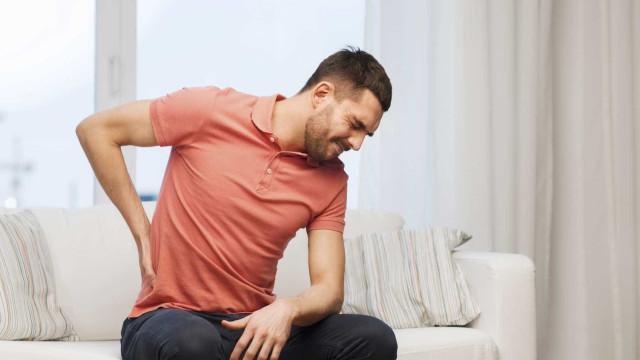 Noites mal dormidas podem ter relação com dores nas costas
