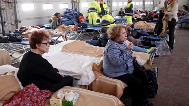 Após tremor, número de desabrigados  na Itália sobe para 4 mil