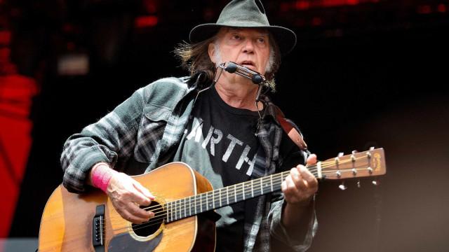 Disco engavetado de Neil Young poderia ter sido um de seus melhores