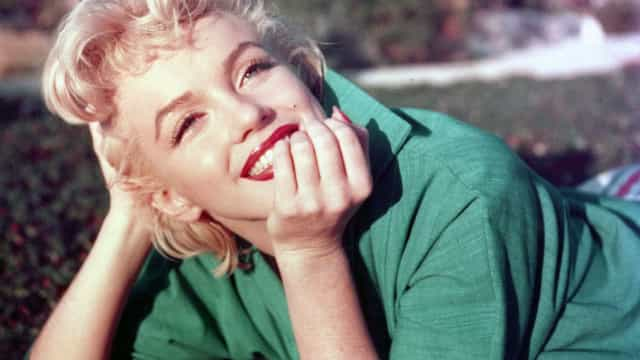 Mansão onde Marilyn Monroe morreu é vendida por R$ 23,5 mi; fotos!
