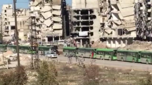 Cruz Vermelha mostra destruição na cidade de Aleppo, na Síria