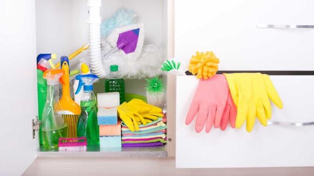 10 produtos de limpeza que devem ser jogados fora