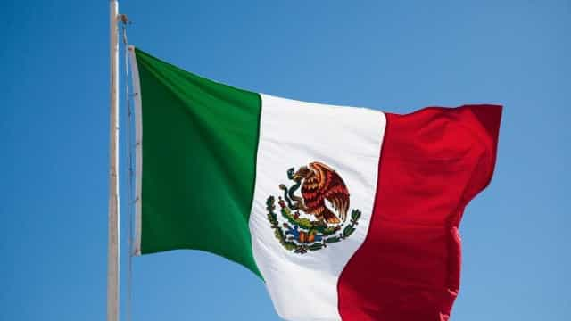 México: helicóptero cai com ministro e governador a bordo