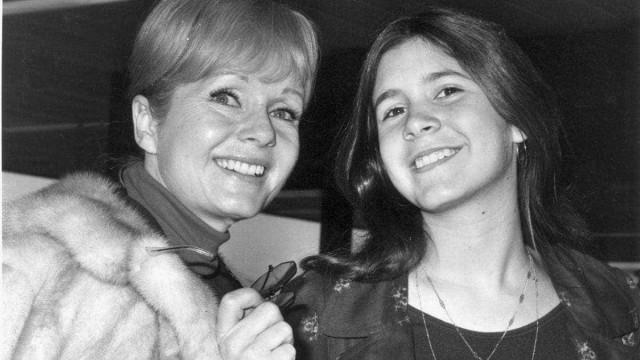 Carrie e Debbie: mãe e filha homenageadas em cerimônia