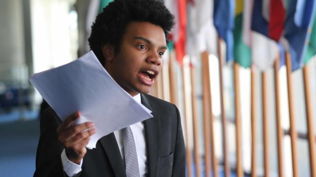Fernando Holiday aciona Justiça contra apoio financeiro a artistas