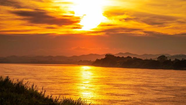 Seis corpos são achados após barco turístico naufragar no Pantanal