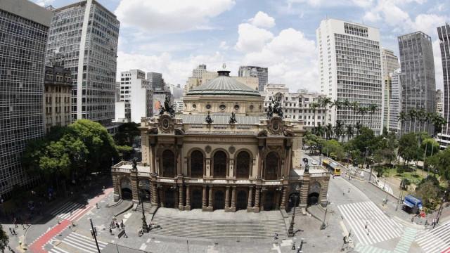 Fachada do Theatro Municipal de SP será restaurada