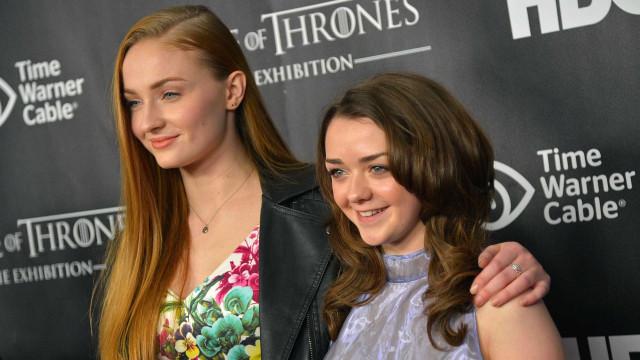Sophie Turner e Maisie Williams: melhores amigas na vida real