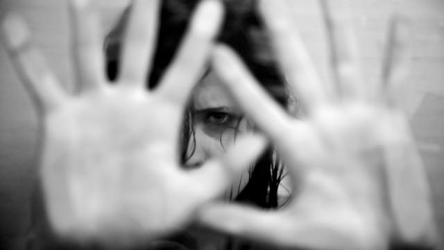 Uma em cada 100 mulheres recorre à Justiça por violência doméstica