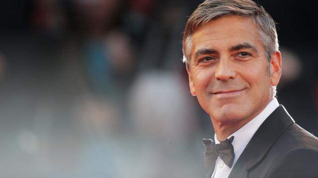 O truque de George Clooney para que os filhos se comportem bem