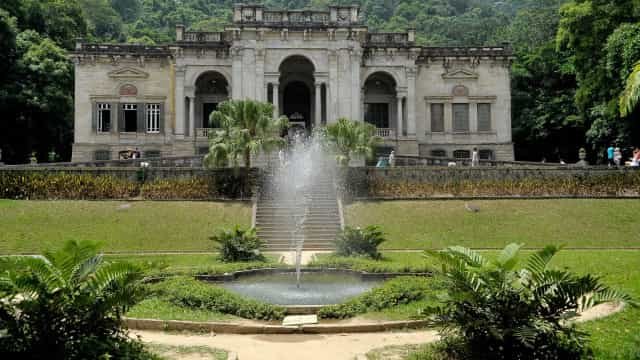 Secretaria do Rio volta atrás e reconvoca diretor do Parque Lage