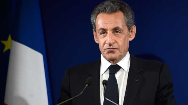 França. Ex-presidente Sarkozy condenado a 3 anos de prisão por corrupção