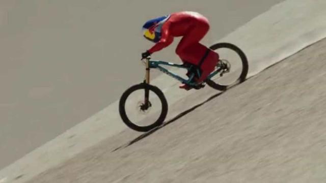 Austríaco bate recorde de velocidade em mountain bike no Atacama