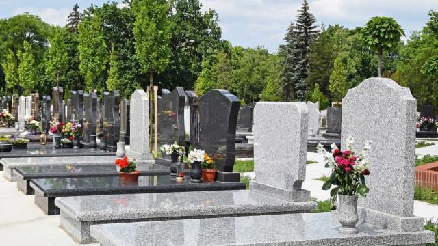 Homem abre fogo contra pessoas que participavam de funeral