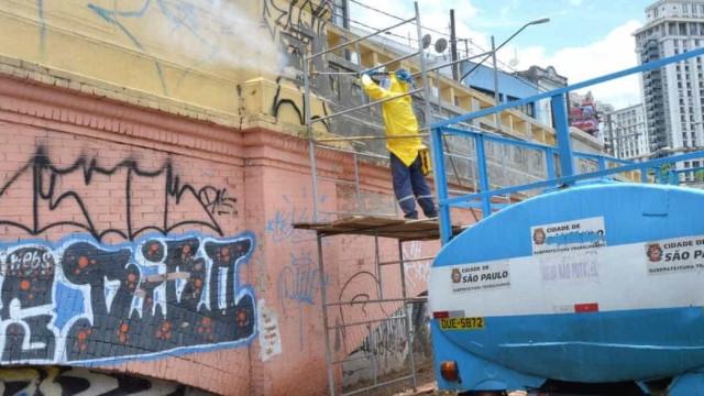 Prefeitura de Camboriú segue exemplo de Doria e vai apagar grafites