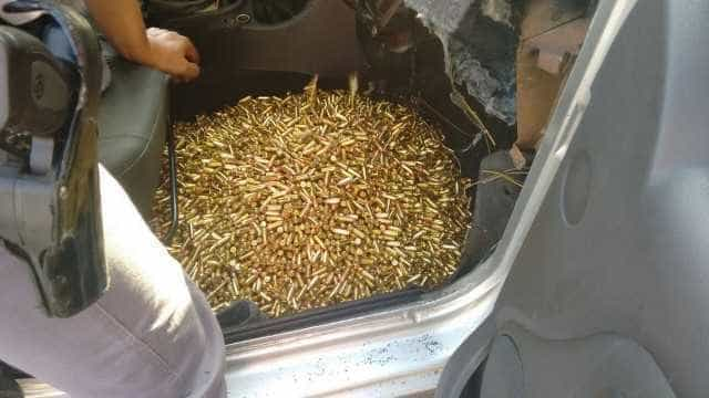PRF apreende fuzil alemão, 16 pistolas e 5,7 mil munições no Paraná
