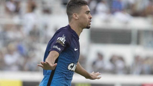 Léo Santos celebra volta ao Corinthians e disse que pensou em abandonar carreira
