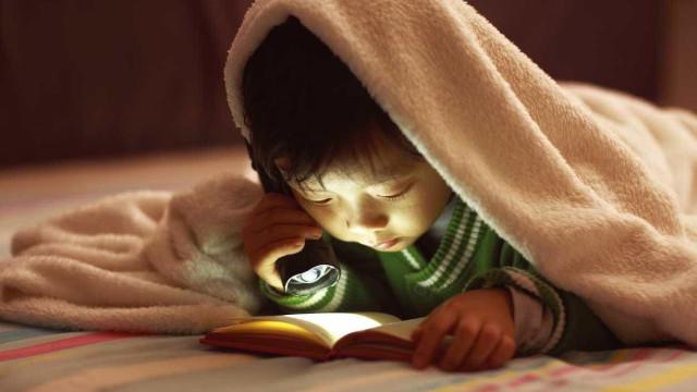 Estereótipos de gênero impedem rapazes de ler tão bem como garotas