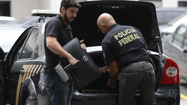 Polícia Federal ataca o tráfico de drogas em 3 Estados