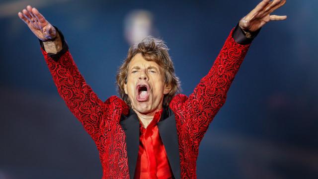 Rolling Stones cancelam turnê porque Mick Jagger está doente