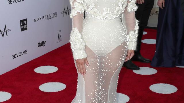 Kim Kardashian é o grande destaque no 'Fashion Los Angeles Awards'