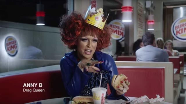 Pela 1ª vez, Drag Queen estrela propaganda do Burger King