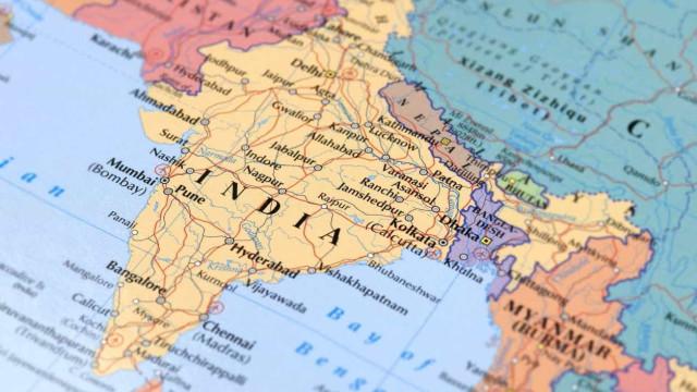 Doze mortos e 35 desaparecidos em naufrágio no sul da Índia