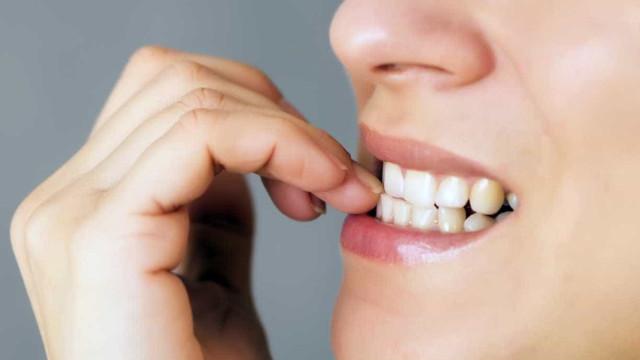 Cinco truques infalíveis para deixar de roer as unhas