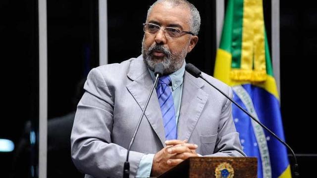 Na disputa pelo Senado no RS, Paulo Paim tem 23% e José Fogaça, 20%
