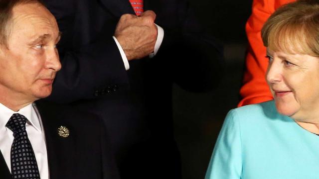 Merkel e Putin se encontrarão em maio em Sóchi