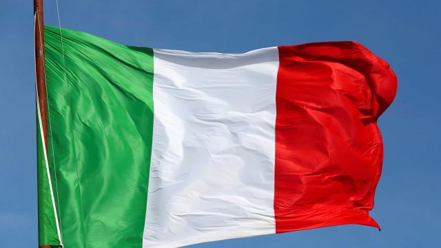 Grupo de extrema direita invade sede da OIM em Roma