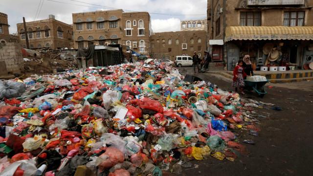 Surto de cólera no Iêmen: mais de 900 mortes  desde o final de abril