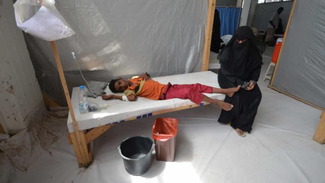 20 mortos em 1 dia em epidemia de cólera no Iêmen