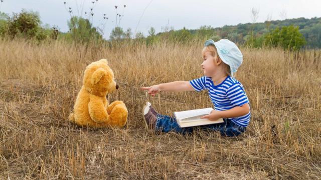 6 benefícios de as crianças terem amigos imaginários