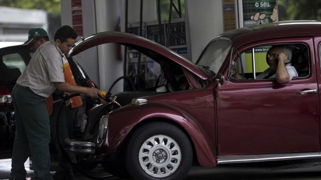 Preço da gasolina cai 0,10%; diesel tem alta de 1,40%