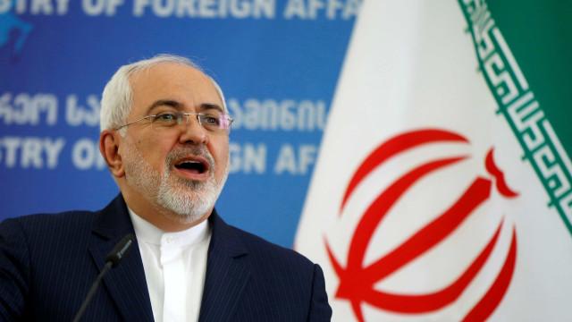 Irã acusa EUA de terrorismo e autoridades falam em vingança
