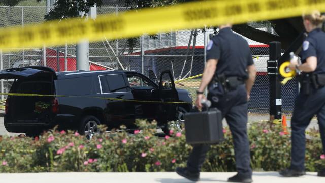 Ataque a tiros em Virginia Beach deixa 12 mortos, incluindo o suspeito