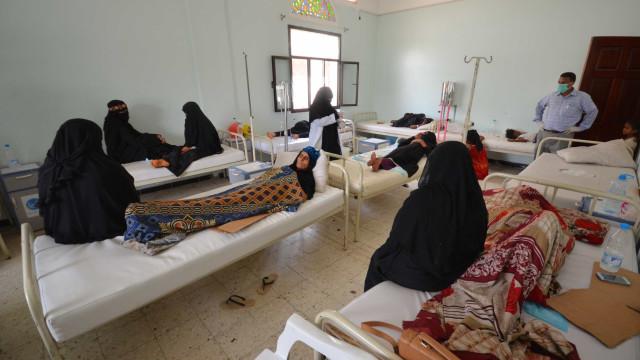 Epidemia de cólera já matou mais de  mil pessoas no Iêmen