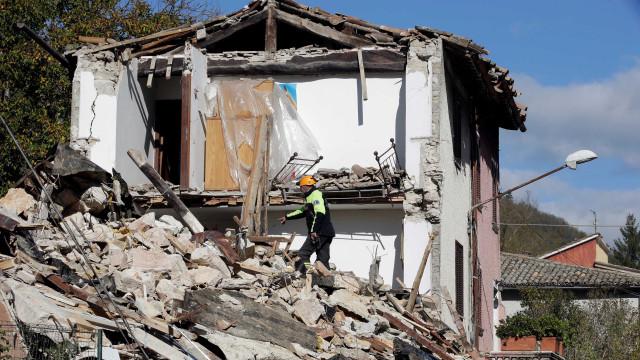 UE dará 1,2 bilhão de euros para obras  pós-terremotos na Itália